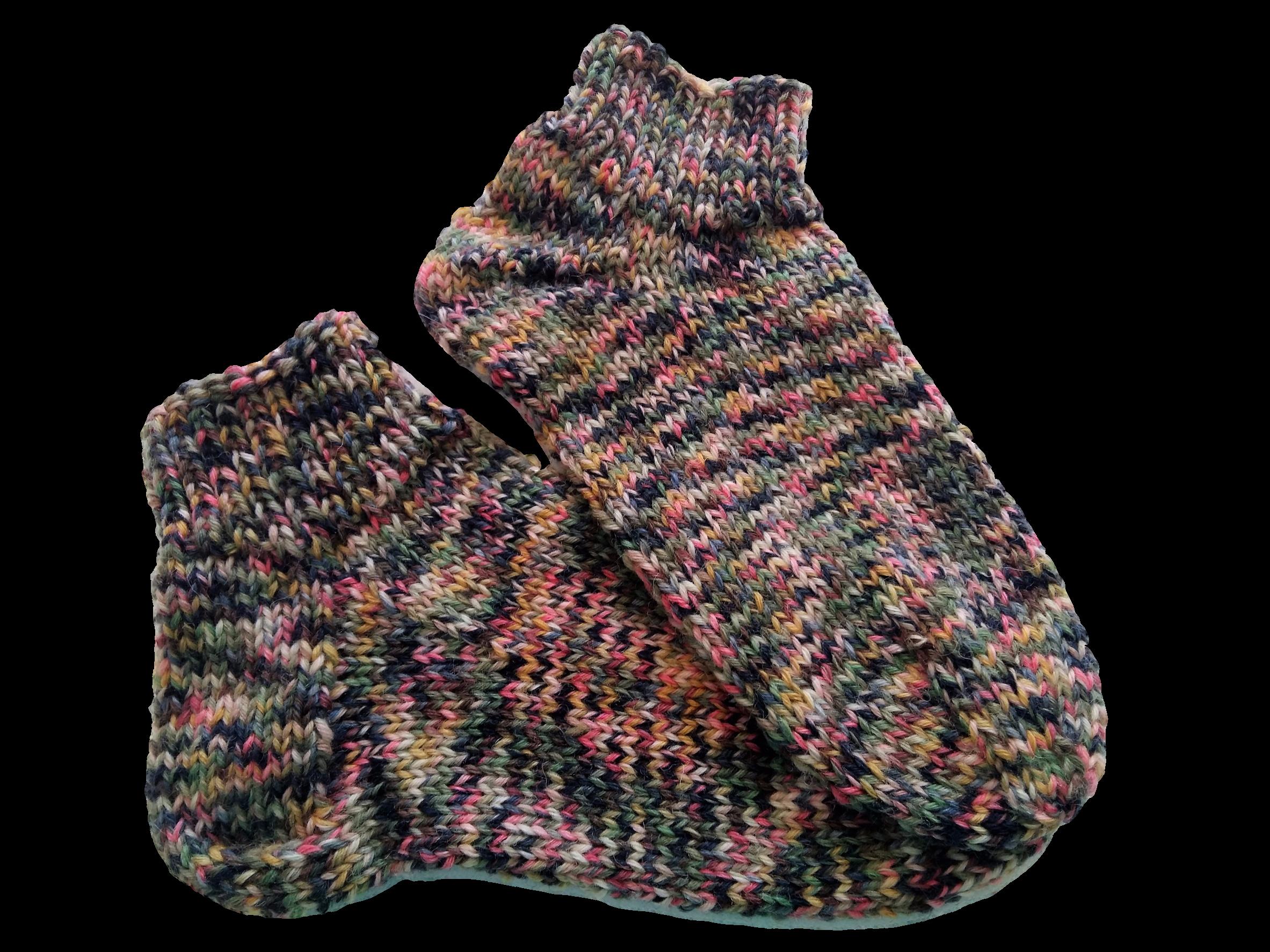 Kézzel kötött zokni egyenes és bumeráng sarokkal kötve