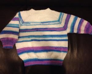 kötött baba pulcsi