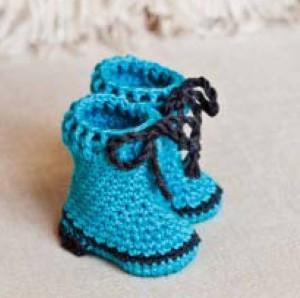 baba hótaposó, horgolt csizma, horgolt cipő