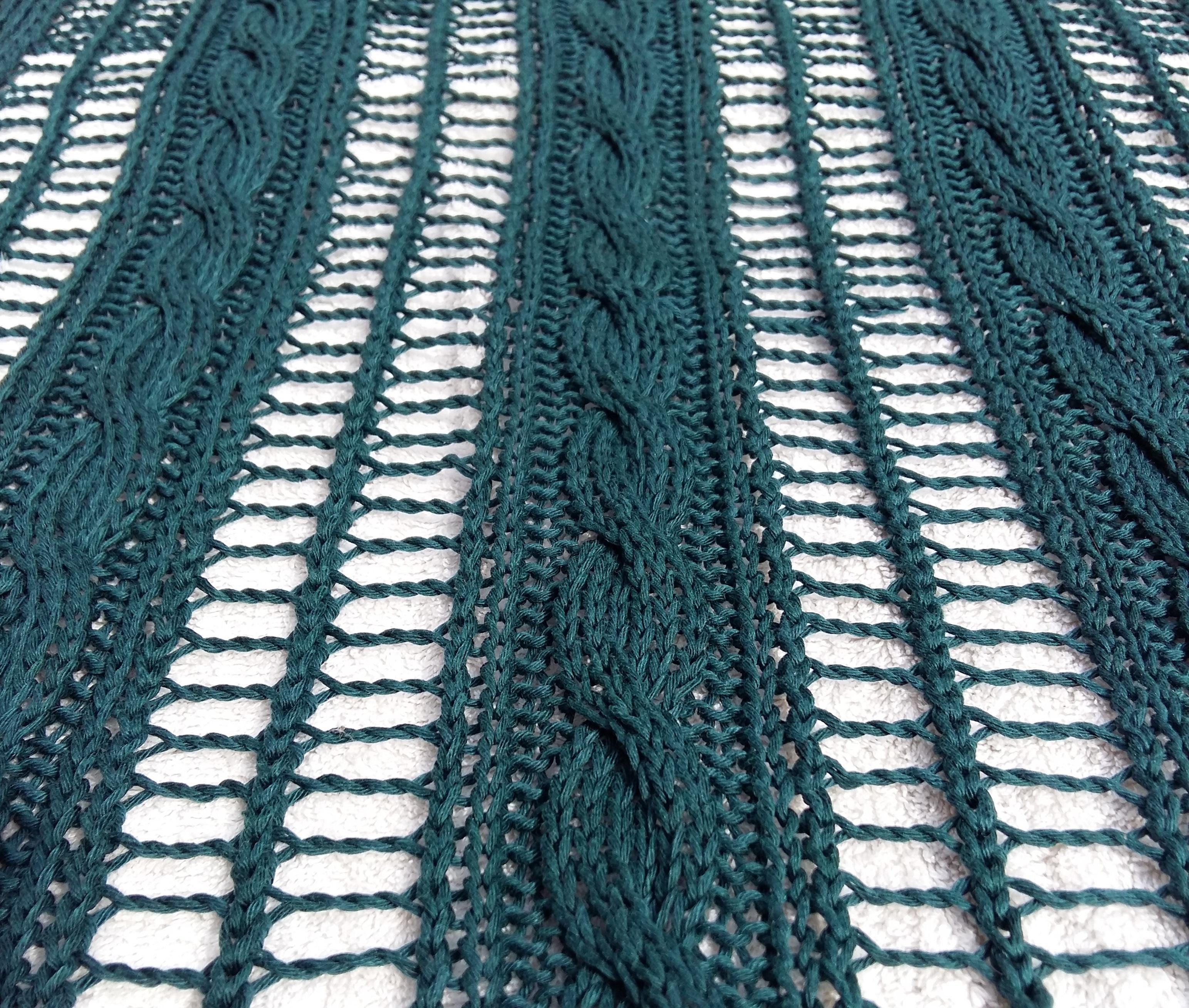 Kötélhágcsó minta csavart mintával kombuinálva